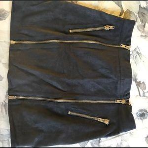 Dresses & Skirts - Zippered skirt